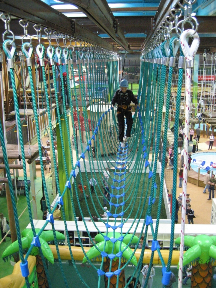 Ponte per parco avventura indoor
